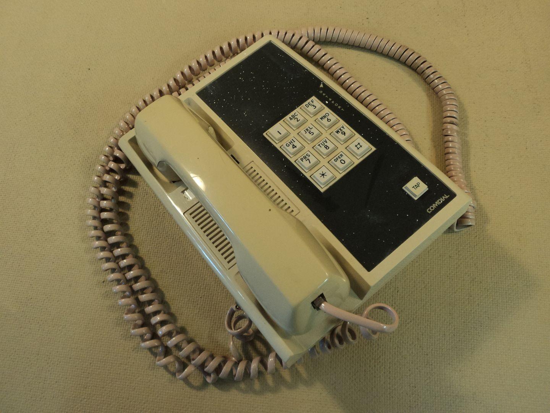 122714-744c Comdial Corded Office Phone 907A photo DSC09237.jpg