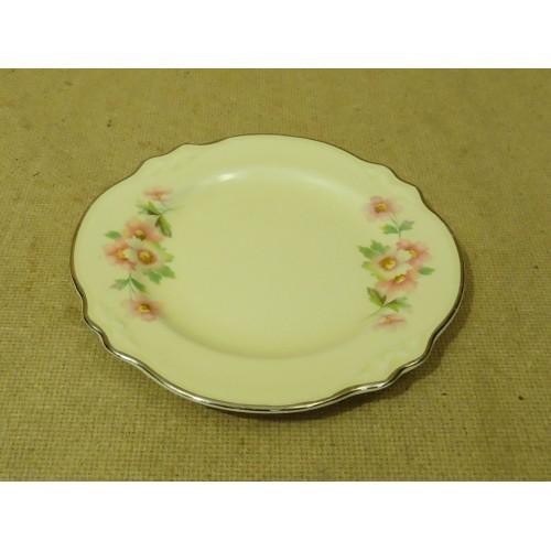 Homer Laughlin Virginia Rose E 86 N 4 Vintage Bread Plate 6 1/4in Diameter x 1/2
