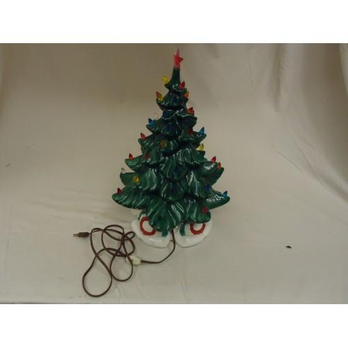 Wythe's Ceramic Studio Tabletop Christmas Tree Holiday Vintage Ceramic