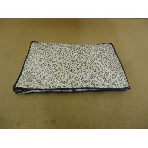 Cover Ups Dish Case 18in L x 12in W x 1in H White/Blue Floral Plastic