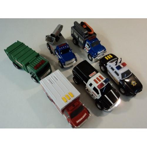Tonka Hasbro Toughest Minis Gift Set of 6 Cherry Picker 05853 Police Truck 05741