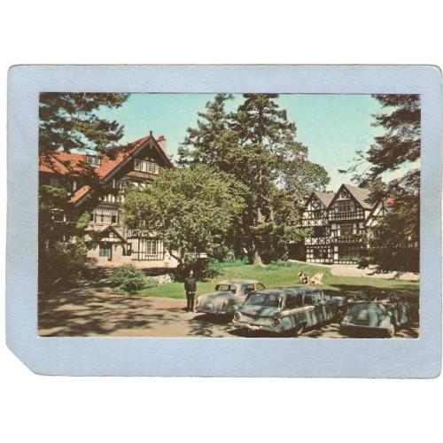 CAN Victoria Postcard Olde English Vilage Olde English Inn can_box1~204