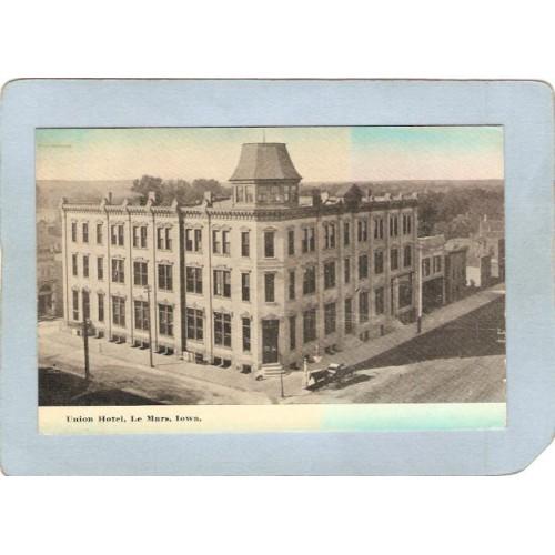 IA Le Mars Postcard Union HotelStreet Scene Intersection w/Horse & Wagon s~110