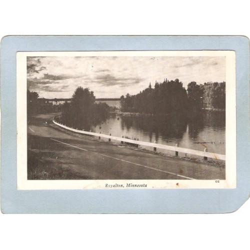 MN Royalton Postcard Road Scene Photo Type Card state_box5~128
