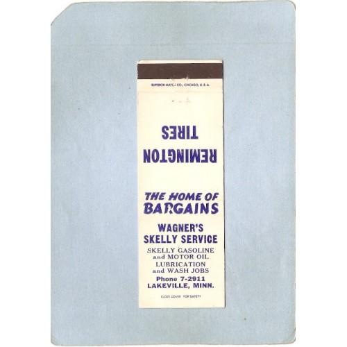 MN Lakeville Matchcover Wagner's Skelly Service Skelly Gas & Motor Oil sta~354