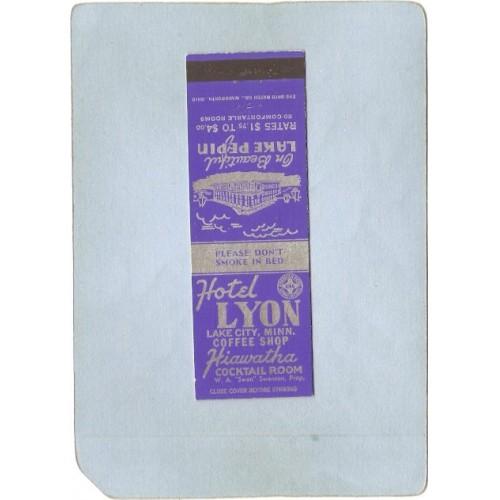 MN Lake City Postcard Hotel Lyon On Beautiful Lake Pepin Rates $1.75 To $4~76