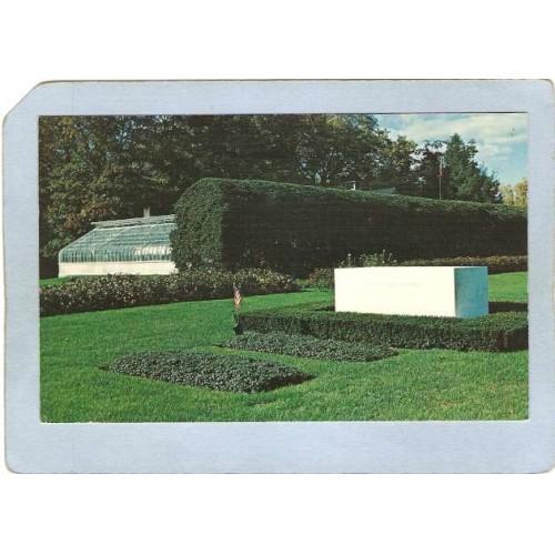 New York Hyde Park Gravesite Franklin D Roosevelt & Wife Eleanor ny_box4~2170