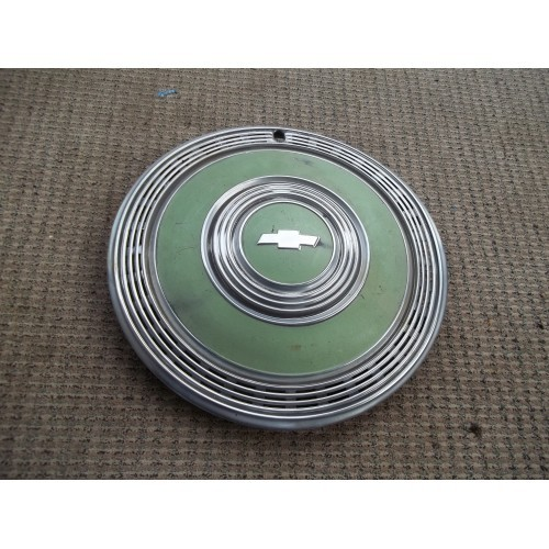 70 1970 CHEVY CAPRICE MONTE CARLO GREEN DELUXE 15 INCH  WHEEL COVER HUB CAP