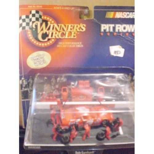 1/64 / WINNERS CIRCLE 1998 PIT ROW SERIES CAR #3 DALE EARNHARDT ....   (NIP)