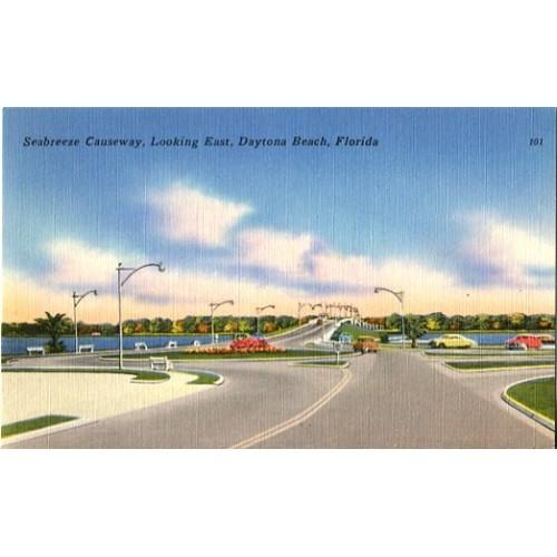 Linen Postcard. Seebreeze Causeway, Looking East, Daytona Beach, Florida