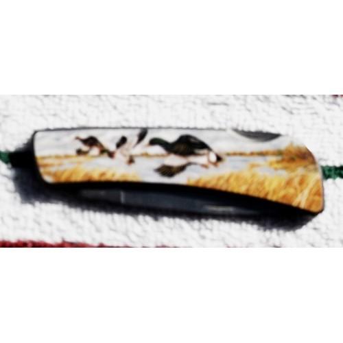 Loose Flying Ducks Lock Blade Pocket Knife