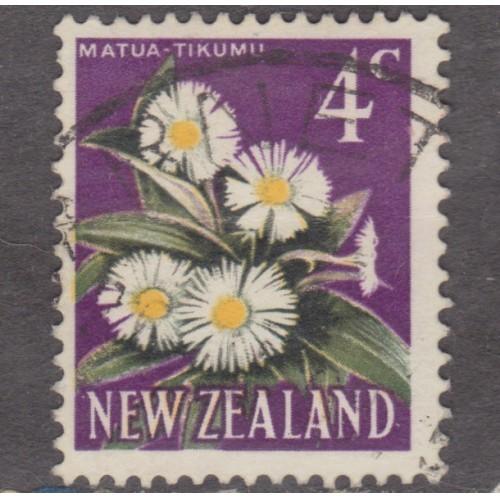 USED NEW ZEALAND #387 (1967)