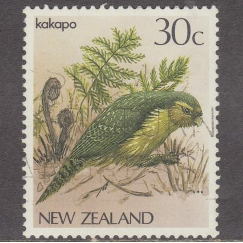 USED NEW ZEALAND #766 (1986)