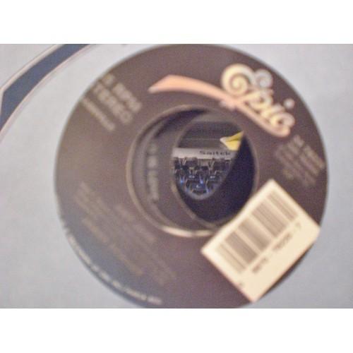 45 RPM: #1725.. JAMEWS BONAMY - SHE'S GOT A MIND OF HER OWN & AMY JANE / EPIC