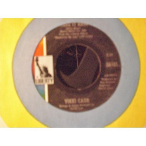 45 RPM: #2495.. VIKKI CARR - MAKE IT RAIN & SINGING MY SONG / LIBERTY 56185 /