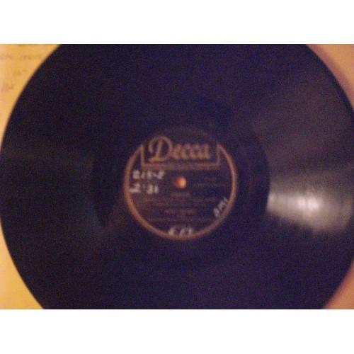 78 RPM: #239.. BING CROSBY - AMOR & LONG AGO / DECCA 18608 .. VG+ WRITING