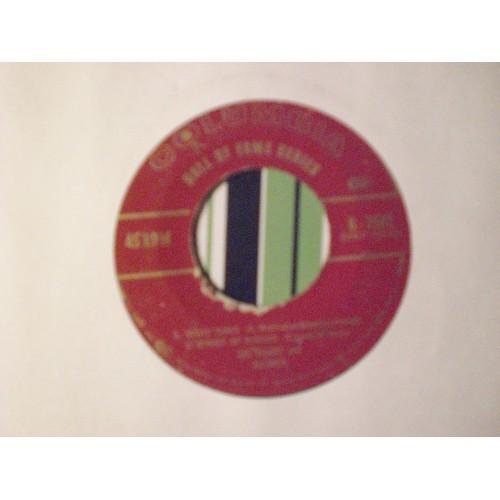 45 RPM EP: #3876.. LES ELGART - NIGHT TRAIN / COLUMBIA HOF EP 2562 / VG+