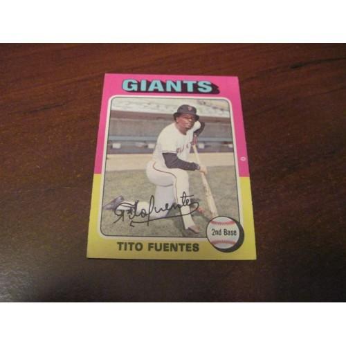 1975 Baseball Card 425 Tito Fuentes San Francisco Giants Hi Grade Beauty