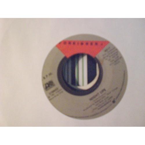 45 RPM: #4285.. FOREIGNER - NIGHT LIFE & JUKE BOX HERO / ATLANTIC 4017 / VG/VG+