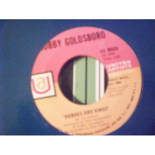 45 RPM: #4742.. BOBBY GOLDSBORO - HOBOES AND KINGS & I'M A DRIFTER / UA 50525