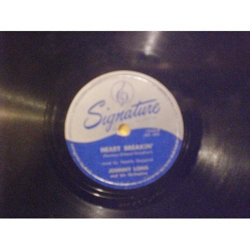 78 RPM: #1769.. JOHNNY LONG - ONE DOZEN ROSES & HEART BREAKIN' / SIGNATURE 15164
