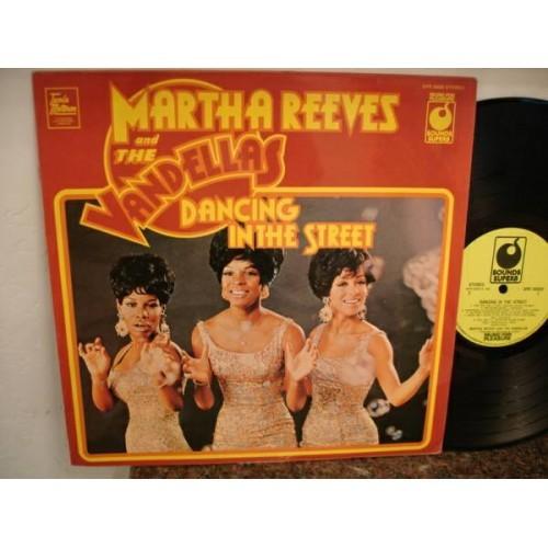 Martha & Vandellas ~Dancing In The Streets~M-/VG+ STEREO Reissue *