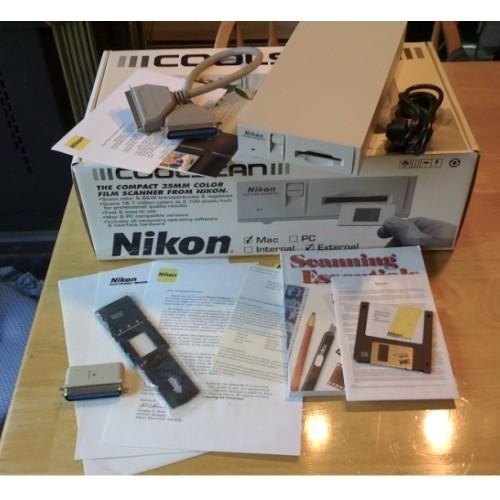 Nikon Coolscan LS-10E Mac SCSI Complete + box Slide and Negative Scanner