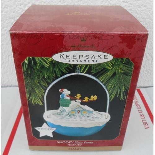 Snoopy Plays Santa Peanuts Hallmark Sound Motion Christmas Tree Ornament Boxed