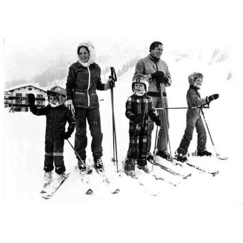 NETHERLANDS - Royal Family on winter holidays ~skiing~