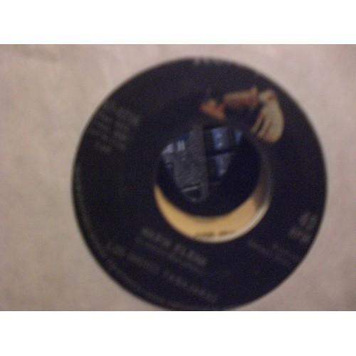 45 RPM: #6829.. LOS INDIOS TABAJARAS - MARIA ELENA & JUNGLE DREAM / VG+ RCA VIC