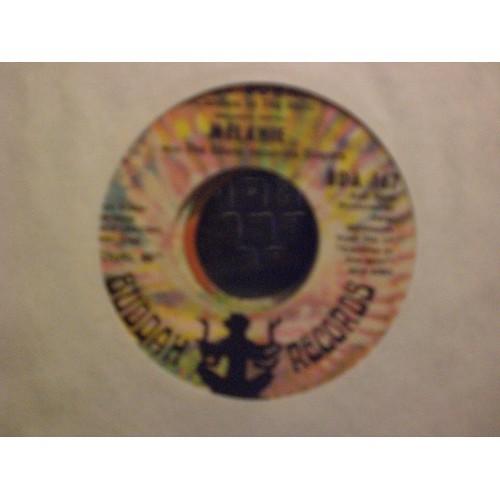 45 RPM: #7000.. MELANIE - LAY DOWN & CANDLES IN THE RAIN / VG+ / BUDDAH BDA 167