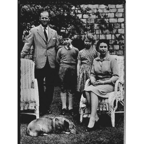 ENGLAND - Royal family + corgi dog approx. 1959