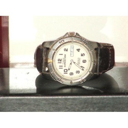 Pre-Own Vintage Men's Timex Expedition Day & Date Analog Quartz Watch