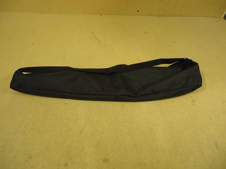 jw1540 101812-846z Designer Equipment Bag 28in x 7in Black 17in Zipped Closure Vinyl