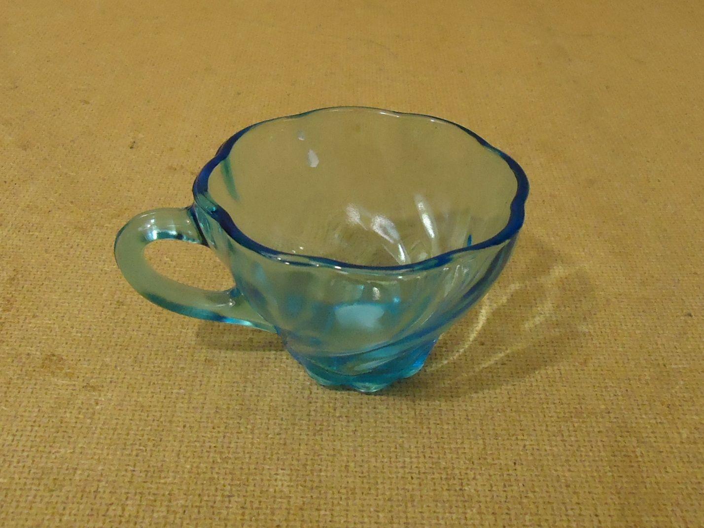 lm7410 111712-158n Designer Vintage Decorative Tea Cup 3 1/2in Diameter x 2 1/4in H Blues Mid Century Glass