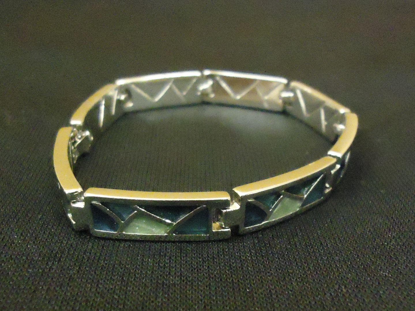 lm7410 112712-564n Designer Fashion Bracelet Chain/Link Metal Female Adult Silver/Greens