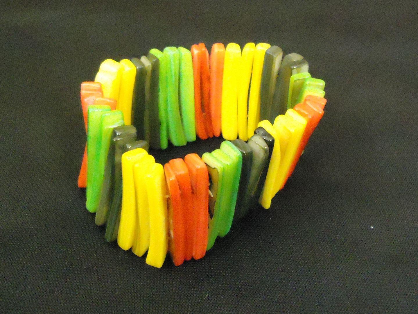 lm7410 112712-570n Designer Fashion Bracelet Starnd/String Plastic Female Adult Yellow/Green/Red
