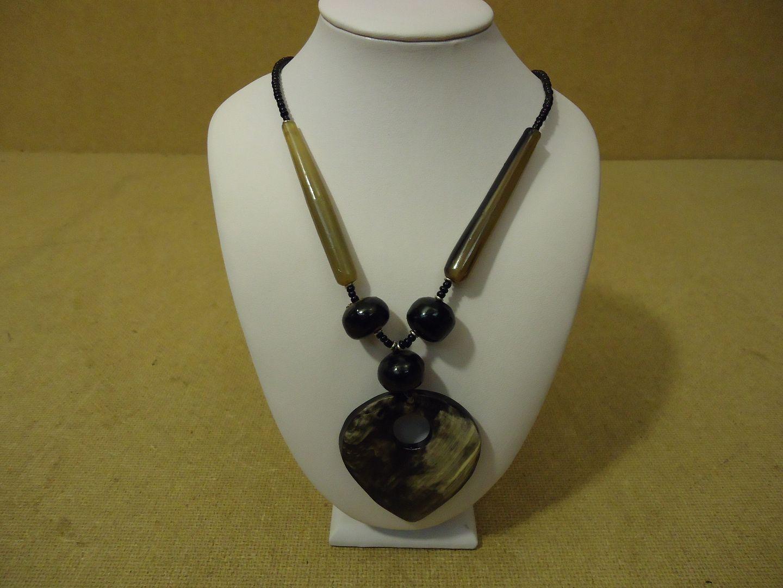 lm7410 112712-600n Designer Fashion Necklace 20 1/2in Drop/Dangle Female Adult Grays/Blacks