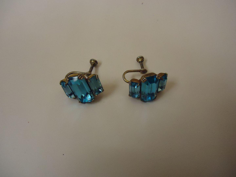 lm7410 120212-820n Designer Fashion Earrings Drop/Dangle Female Adult Blue/Gold