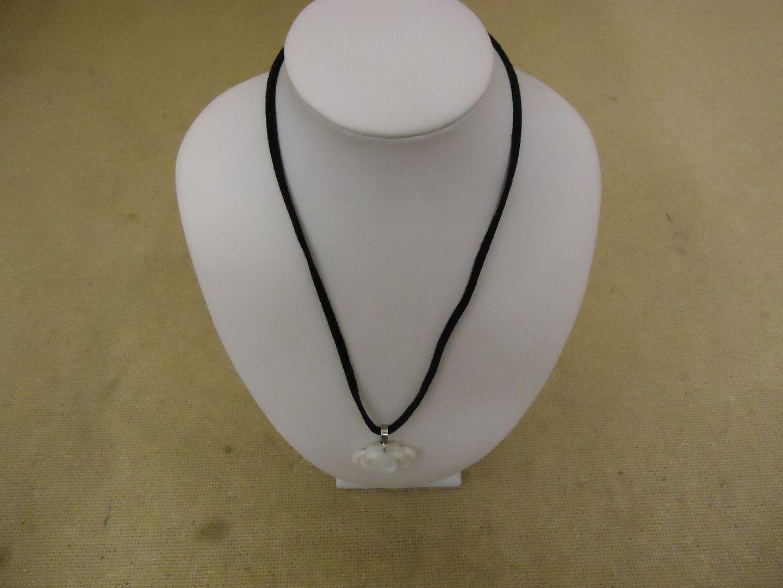 lm7410 120312-104a Designer Fashion Necklace 15-17in L Rose Strand/String Female Adult Black/White