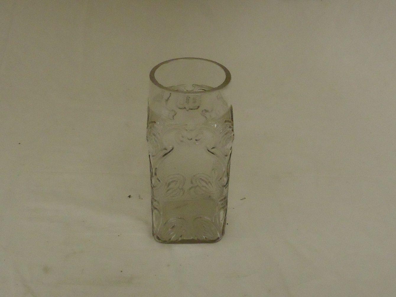 em5188 100212-152m Designer Glass Vase 3 1/2in x 3 1/2in x 7in Glass Rustic Vintage Glass