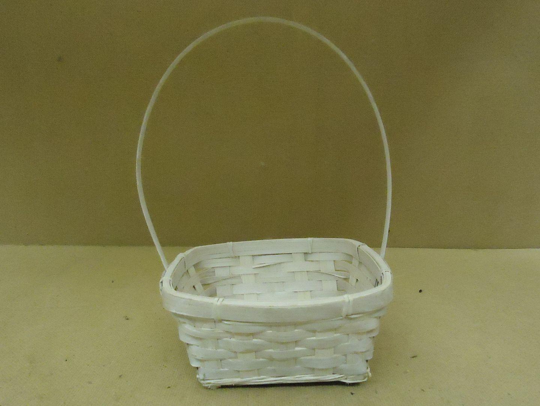kk9779 010713-908a Designer Basket 11in H x 7in W x 7in D White Handle Wood Wicker