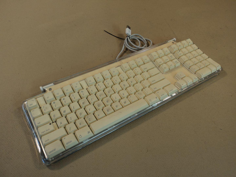120714-392t Apple Pro Desktop Computer Keyboard USB M7803 photo DSC08067-1.jpg