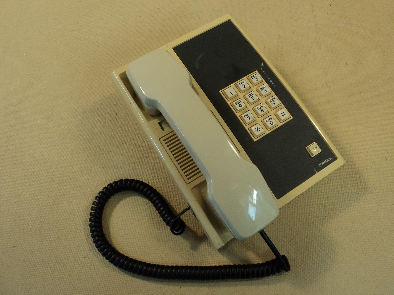 122714-746c Comdial Corded Office Phone 903A Ver 4 photo DSC09246.jpg